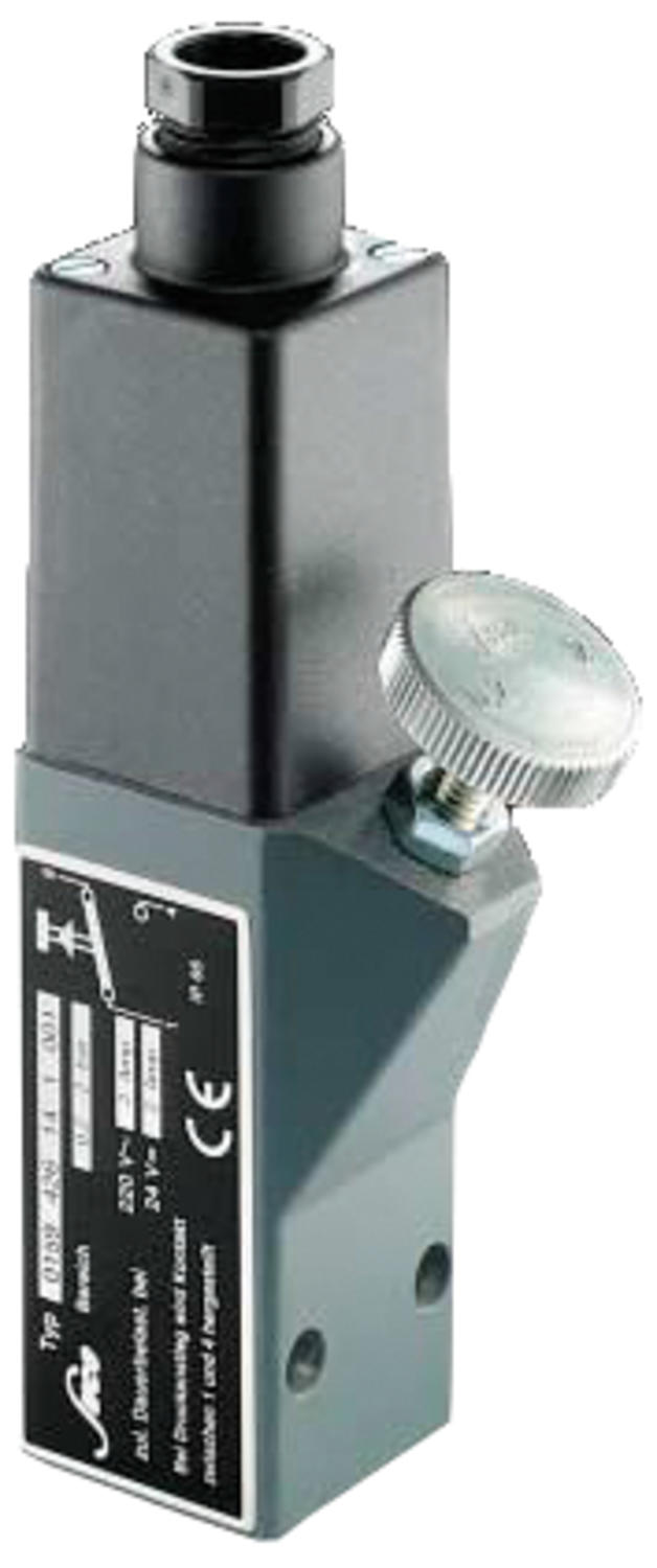 Photo of preassure switch with external adjustment.